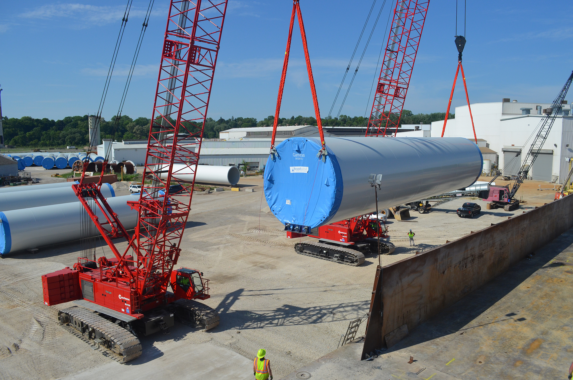MLC165s give rise to barge-shipping of wind turbine towers - 1.JPG